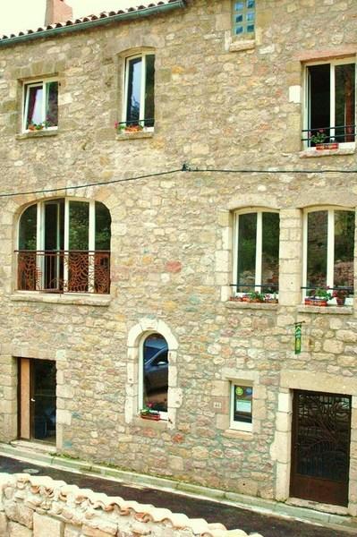Chambre d'hotes Les Capitelles Du Caylar  LE CAYLAR - Larzac - Hérault - 34 - Languedoc Roussillon